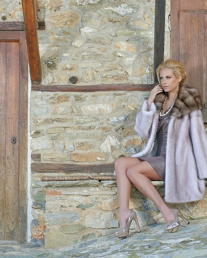 THE COUNTRY GLAMOUR COLLECTION